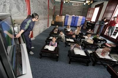 记者走进郑州文庙感受国学课堂